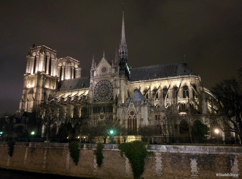 """essay on a trip to paris The first trip wasnã¢â'¬â""""¢t as memorable, except for the fact that it had been my first time out of the country my second trip was meaningful, thought-provoking, and of course, fun travel essay: paris, france."""